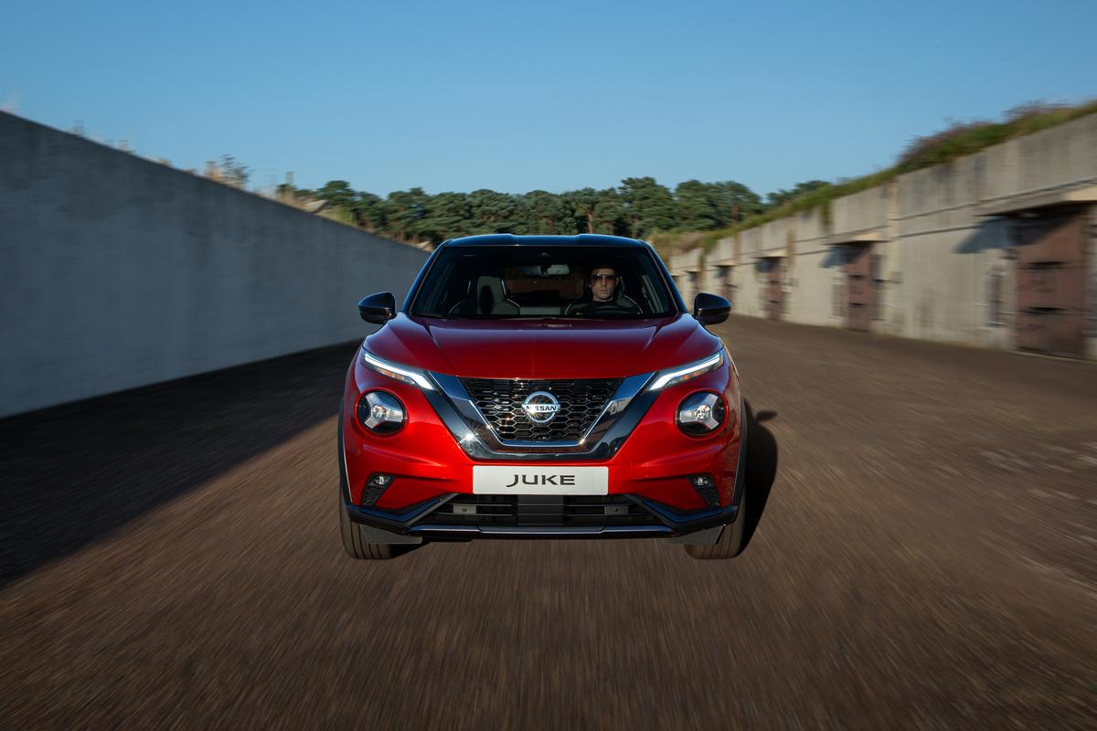 Uus Nissan JUKE kujundab kompaktsed crossover'id ümber, pakkudes suuremat isikupära, paremat jõudlust ja murrangulist tehnoloogiat