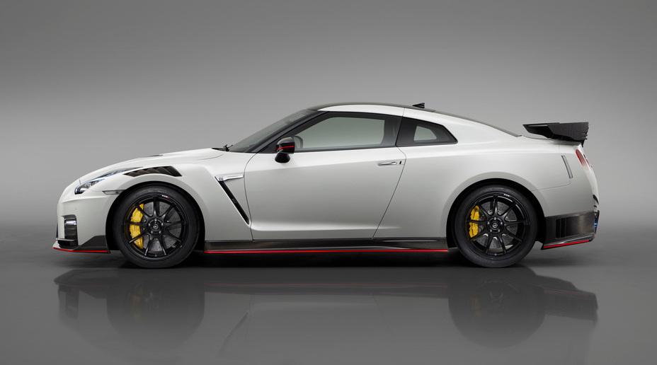 2020 Nissan GT-R NISMO suurendab kiirust